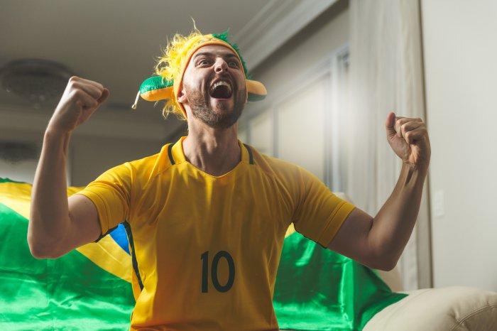 Promoção camisas do Brasil no Cuponomia: Compre e ganhe ingressos para o cinema