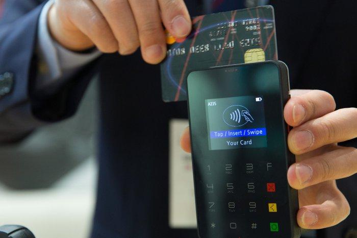 Passagens aéreas com milhas via cartão de crédito